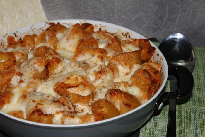 Conchiglioni al forno al sugo di ragù - Ricette Passo Passo con foto