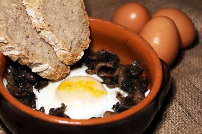 Uova ai funghi - Ricette Passo Passo con foto