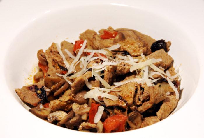 Vitello con radicchio, funghi e pachino - Ricette Passo Passo con foto