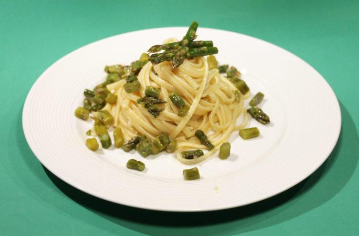 Pasta cacio pepe e asparagi - Ricette Passo Passo con foto