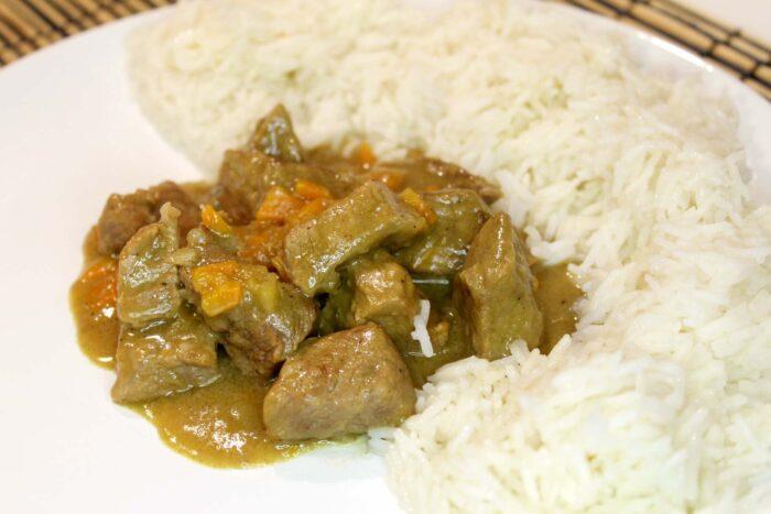Spezzatino di manzo al curry - Ricette Passo Passo con foto
