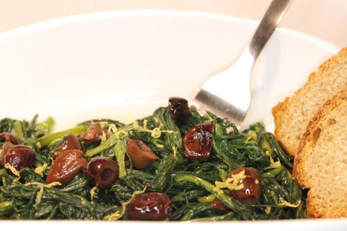 Agretti con olive e limone - Ricette Passo Passo con foto