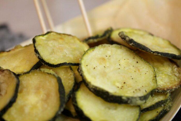 Chips di zucchine - Ricette Passo Passo con foto