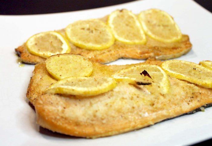 Filetti di trota salmonata al limone - Ricette Passo Passo con foto